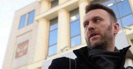 С. Обухов: Верховный суд отменил приговор Навальному. Путину срочно организуют либерального конкурента на президентские выборы?