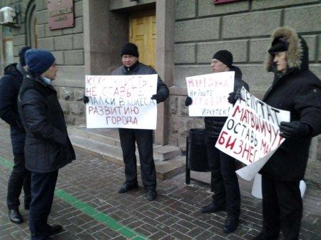 Иркутск: страсти по МУПам