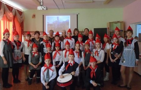 Кимильтей: праздник приёма в пионеры