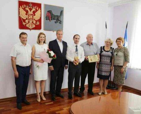 Сергей Левченко поздравил врачей, получивших всероссийскую премию «Призвание»