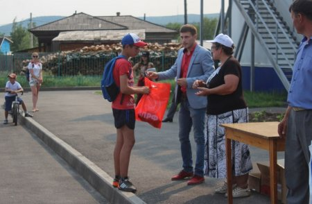 Качугский район: депутат-коммунист Ирина Жданова организовала турнир по мини-футболу