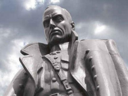Иркутский адвокат Олег Фёдоров потребовал снести памятник Колчаку
