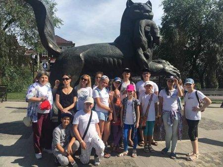 Жители Большого Голоустного встречают юных гостей из Донецкой народной республики