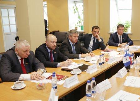 Сергей Левченко провёл встречу с депутатами Государственной Думы от Иркутской области