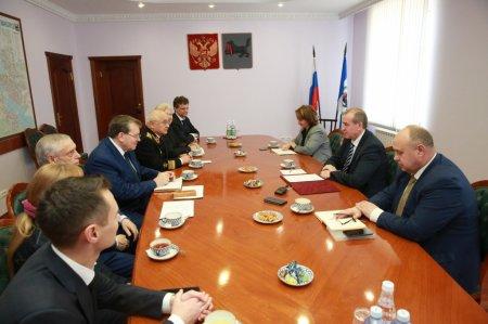 Сергей Левченко встретился с делегацией Иркутского землячества «Байкал»