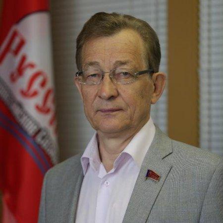 Владимир Поздняков: у России нет денег для собственных стариков?