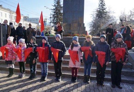 В полку иркутских пионеров прибыло