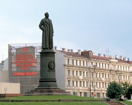 Михаил Щапов: Народ продолжает высоко оценивать роль Феликса Эдмундовича в истории страны