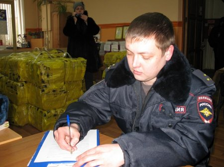 Власть боится правды. Полиция изъяла у Иркутского обкома КПРФ 42 тысячи газет «Правды» за Павла Грудинина