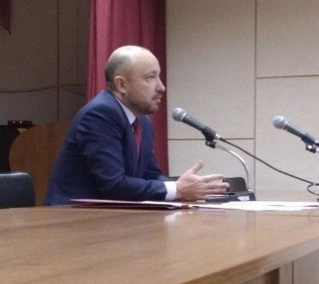 Закон о детях войны, индексацию пенсий и другие острые проблемы обсудили жители Иркутска на встрече с Михаилом Щаповым