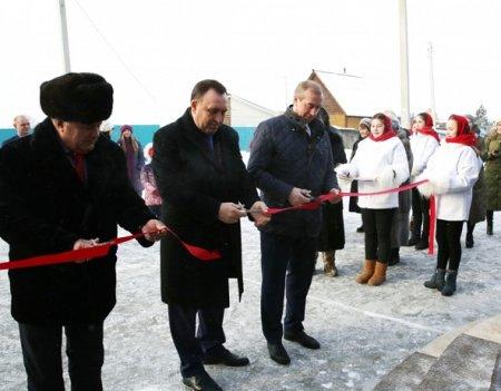 Губернатор открыл Дом культуры в деревне Талька