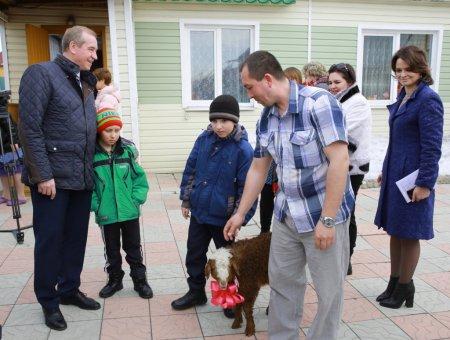 Сергей Левченко побывал в гостях у бывших жителей поселка Бубновка