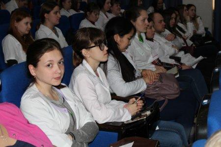 Минздрав Иркутской области будет выплачивать стипендии отдельным категориям студентов