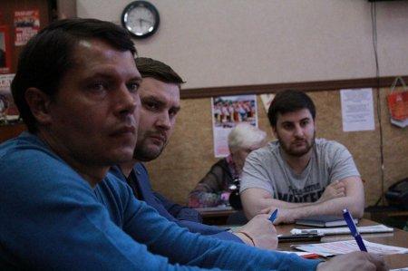 Молодые коммунисты продолжают обучаться принципам партийной работы