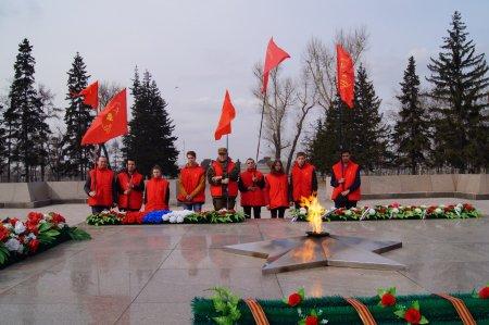 В Иркутске на митинге памяти узников фашизма чиновники поделили участников на своих и чужих