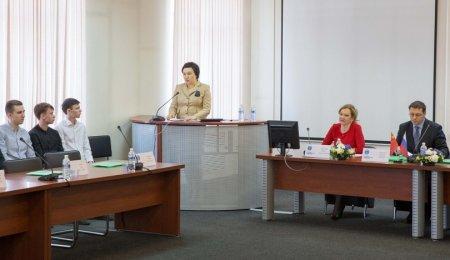 В Иркутске проходит научно-практическая конференция, приуроченная к 100-летию ИГУ