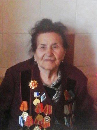 Поздравили ветерана партии и труженицу тыла Г.И. Утюжникову