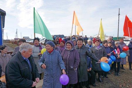 В Баяндае открыт памятник Ленину