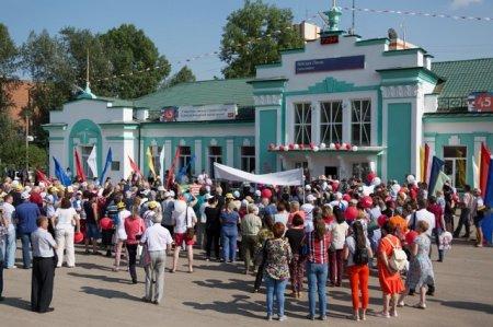 Усть-Кут встретил ветеранов БАМа
