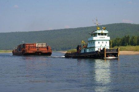 На реке Лене завершается «северный завоз»