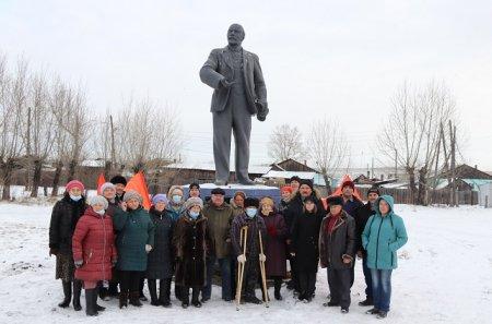 В посёлке Забитуй открыт памятник Ленину